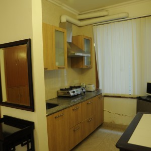 B18 - Extra Large Studio Apartment